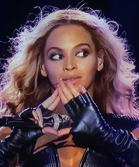 Beyonce Illuminati - Triangle