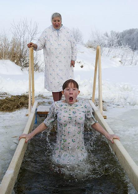купание голышом зимой фото