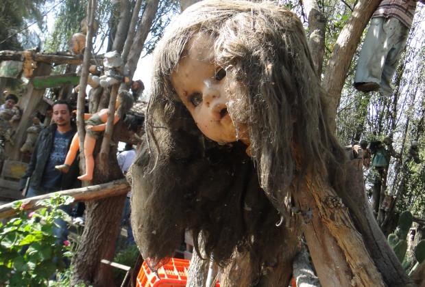 La isla de la Muñecas - Doll Island - tourist