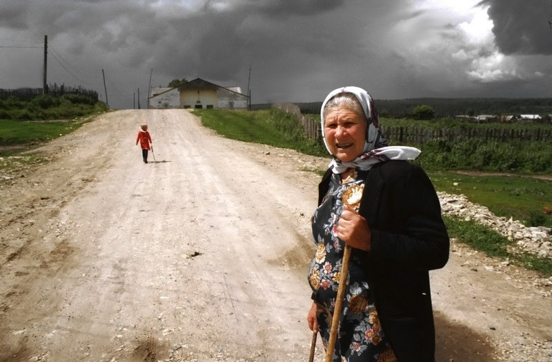 Russian Village Everyday Life - storm brewing