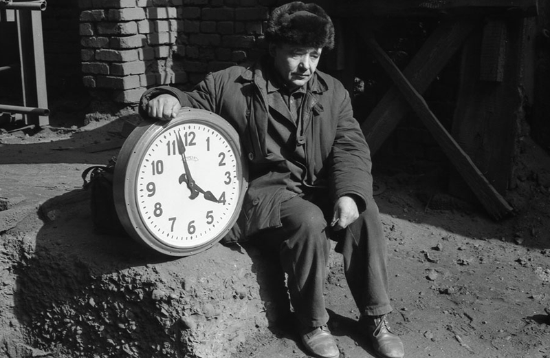 Vladimir Vorobjev - Russia Photography - 80s - clock