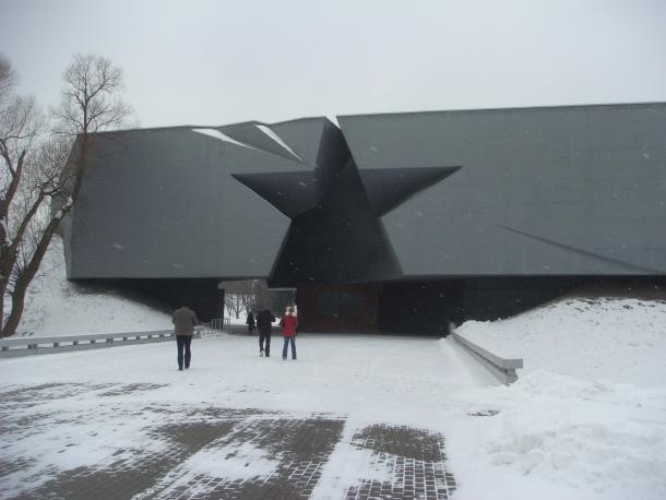 Belarus Statues - Brest Fortress entrance