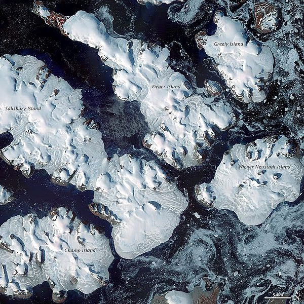 Champ Island Stone Spheres Franz Josef MAP