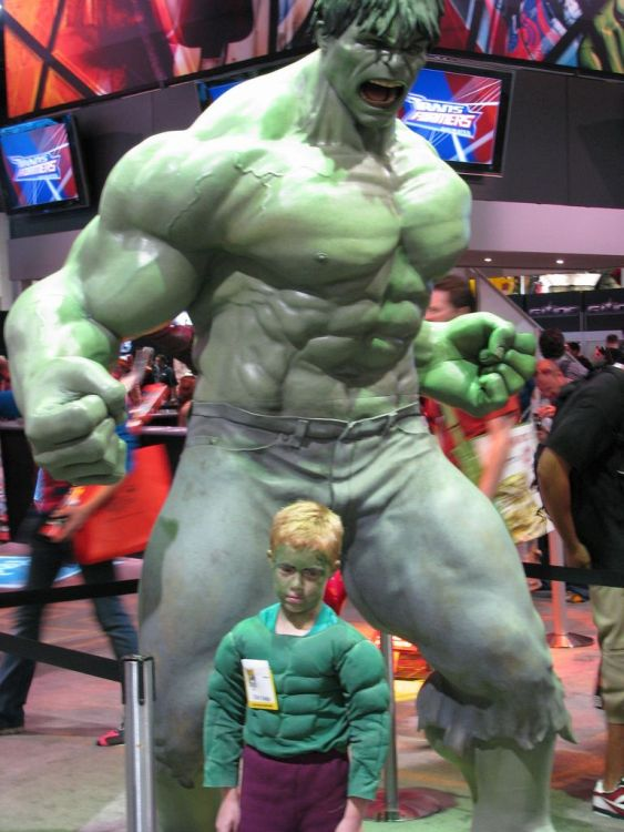 Cosplay Fails - hulk kid