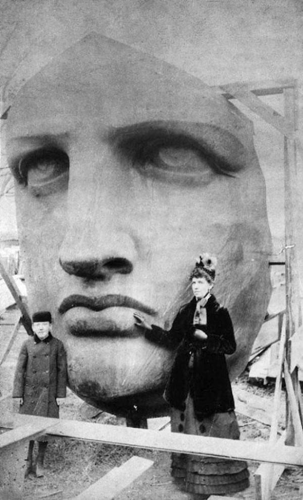 Interesting Old Photos Rare - Statue of Liberty 1886