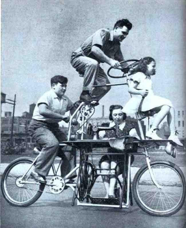 Interesting Old Photos Rare - family bike 1939