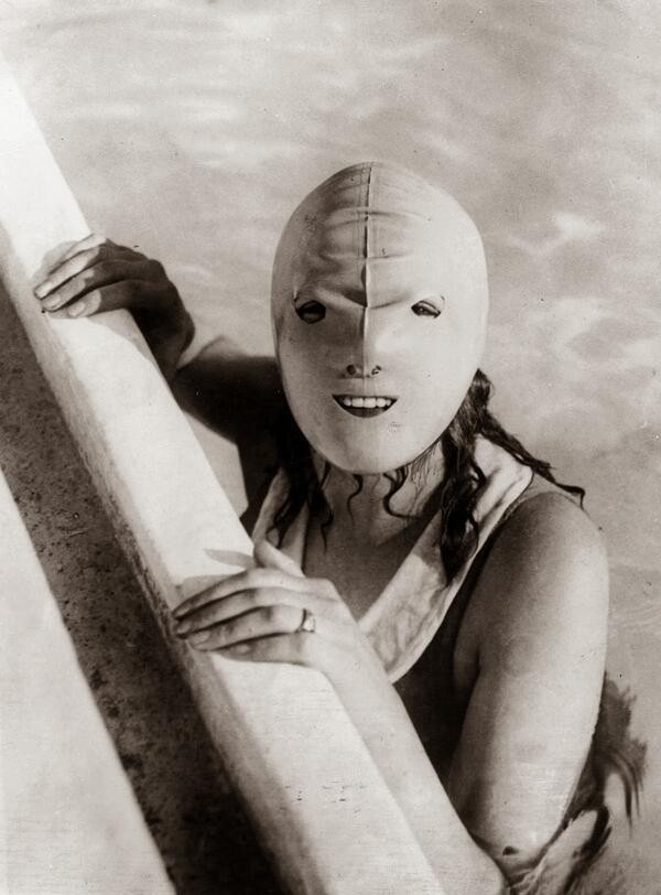 Interesting Old Photos Rare - swimming mask 1920s
