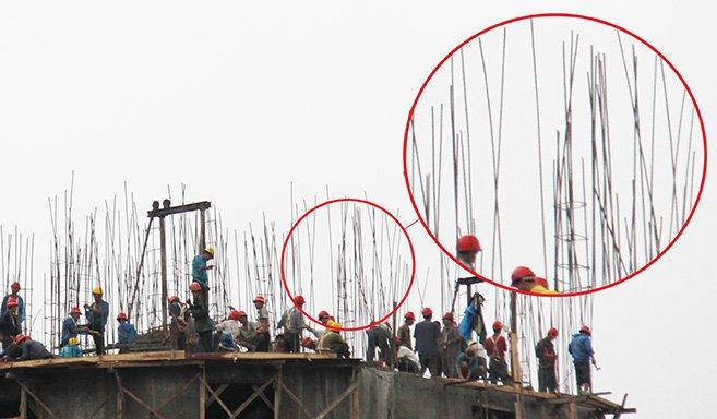 North Korea - Construction accident - flimsy