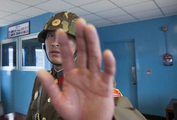 North Korea Rare Deleted Photos - demilitarized zone
