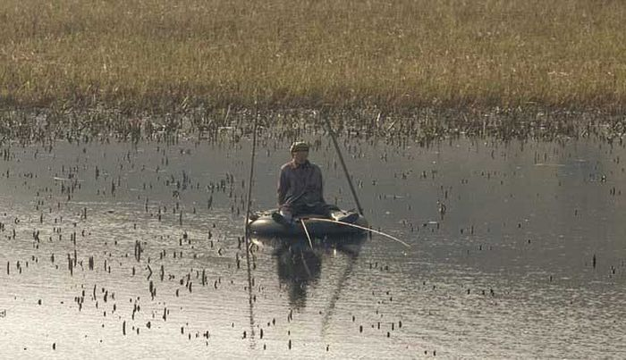 North Korea Rare Deleted Photos - fishing