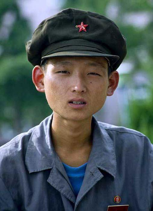 North Korea Rare Deleted Photos - malnutrition