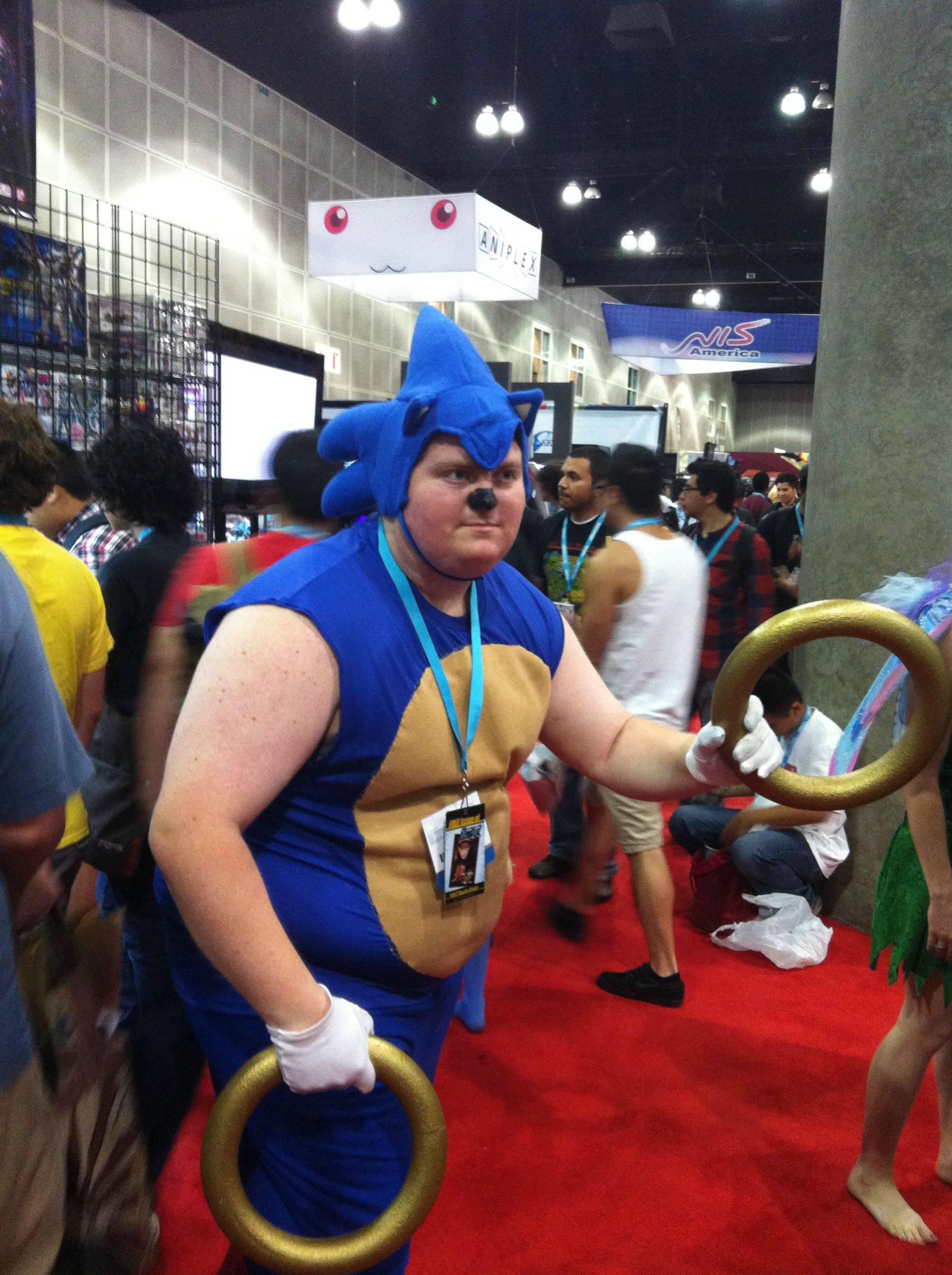 Worst Cosplay - Sonic