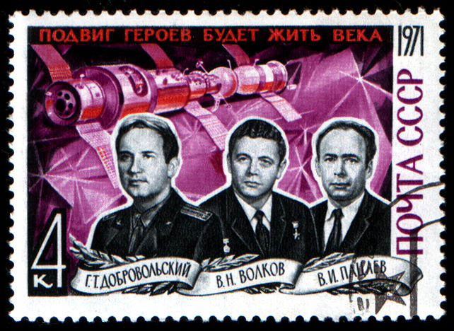 1st Deaths - die in space - Russia