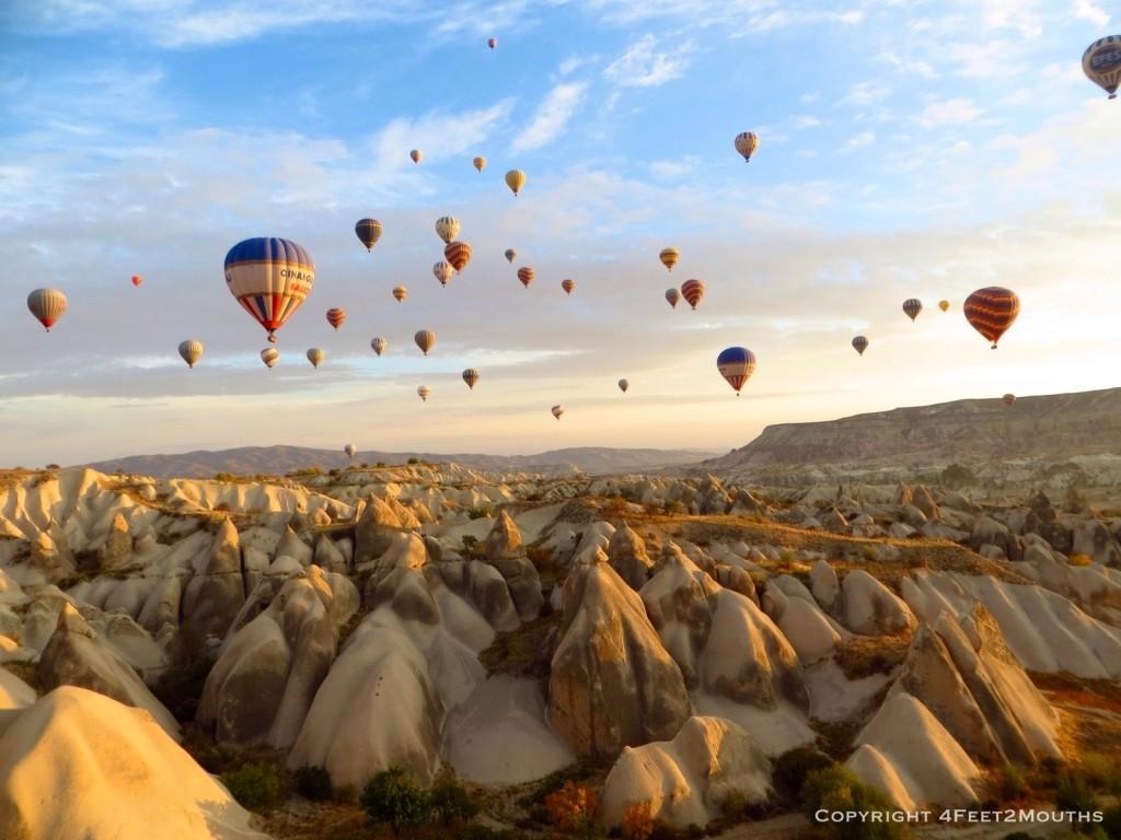 Cappadocia - Turkey Rock Formations - Ballooning