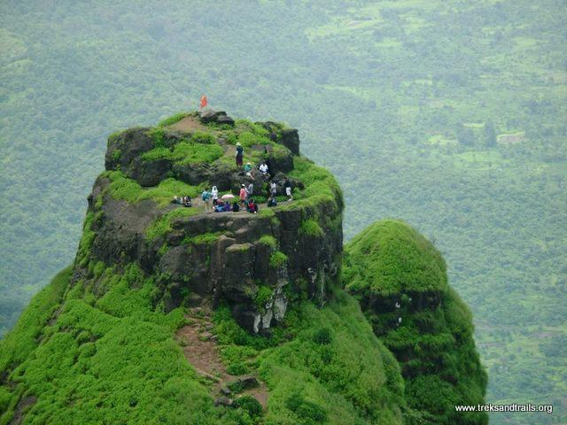 Kalavantin Durg - People At The Top
