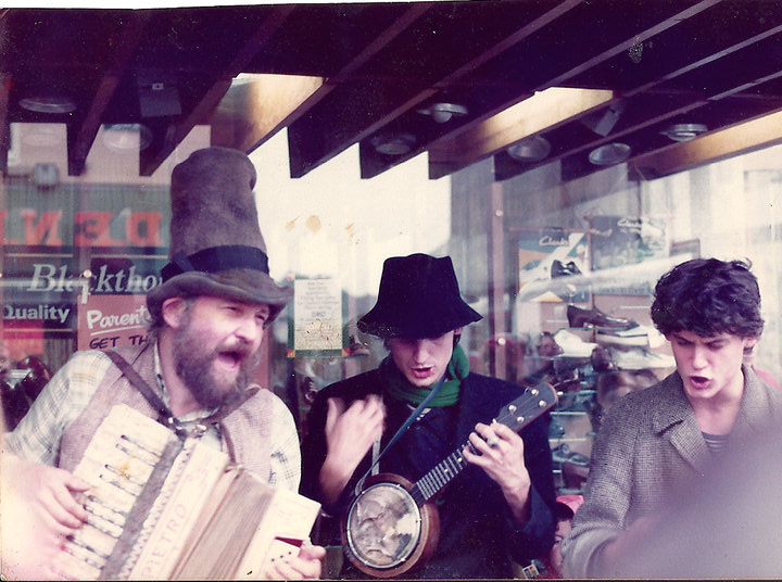 Tony Doc Shiels - accordion