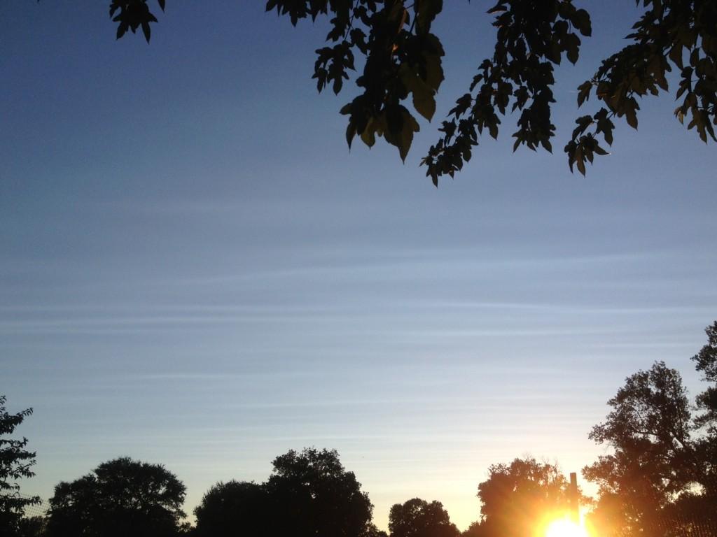 Chemtrail hoax - thin clouds