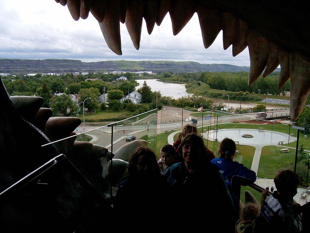 Drumheller Dinosaur Largest In World view