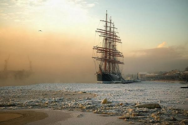 Epic ship in ice