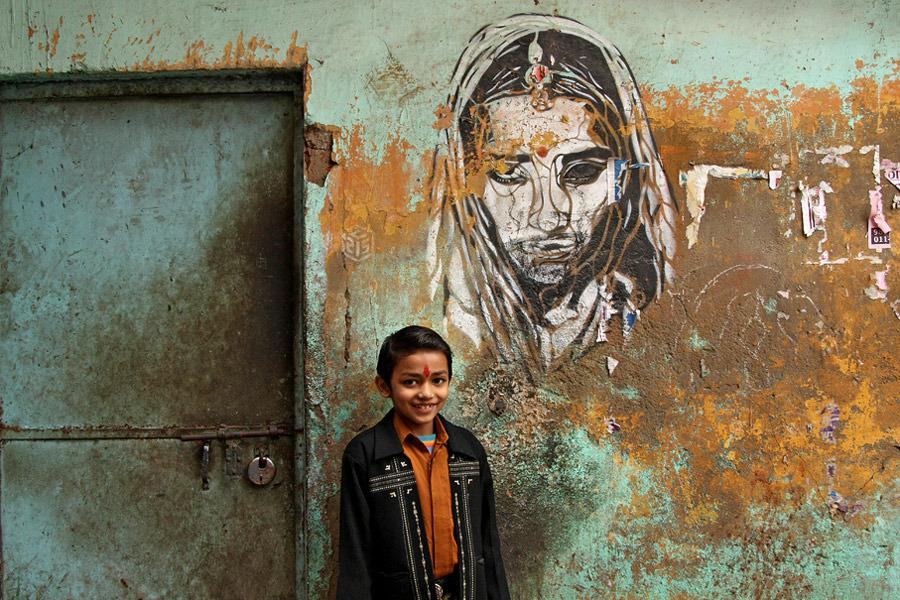 India Graffiti - c215