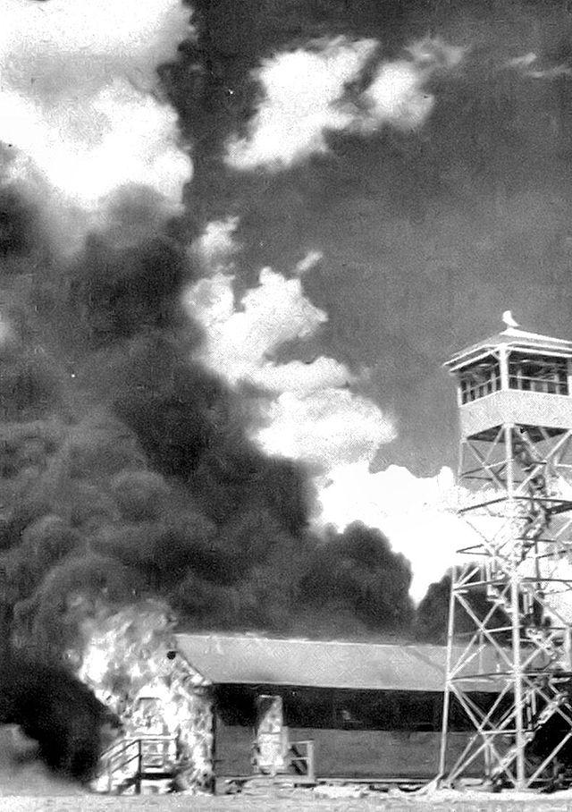 USA WWII Bat_Bomb - Carlsbad disaster