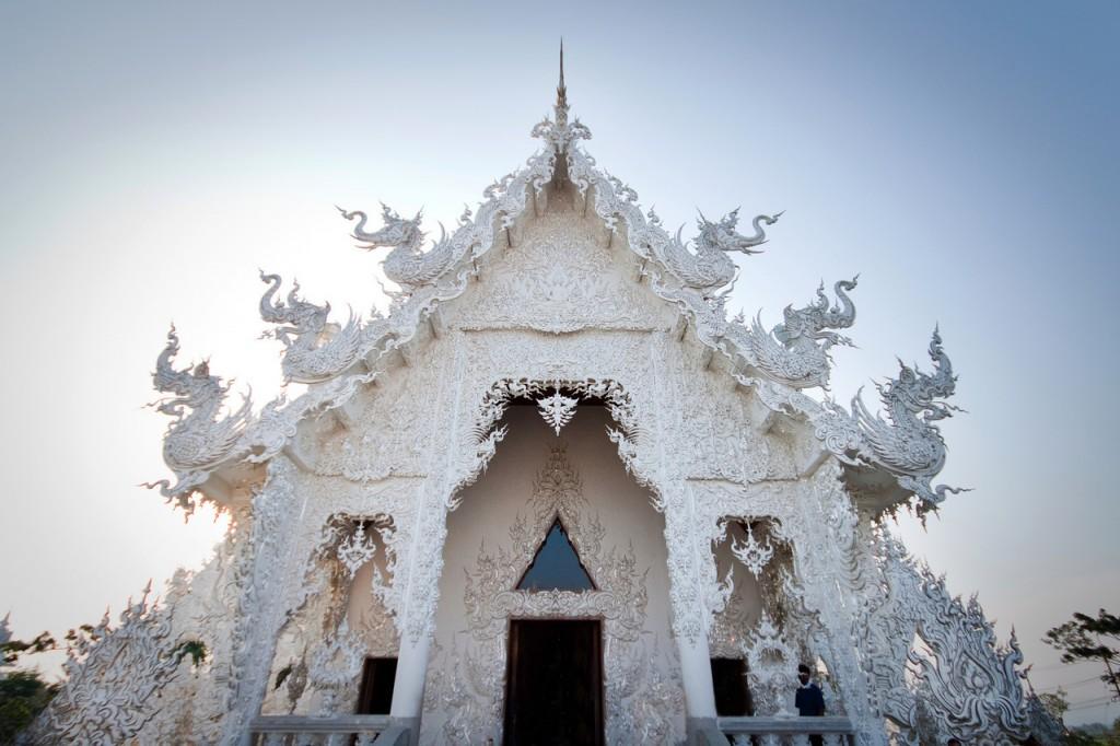 White Temple Chian Rai Wat Rong Khun 3