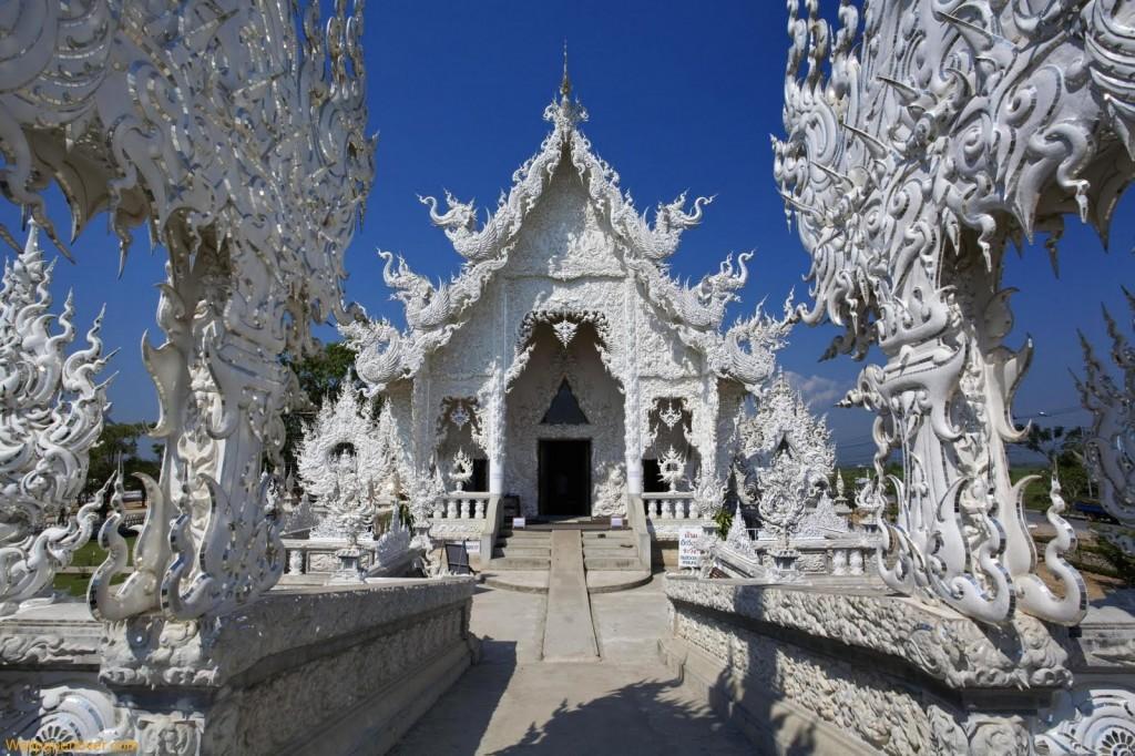 White Temple Chian Rai Wat Rong Khun ornate art