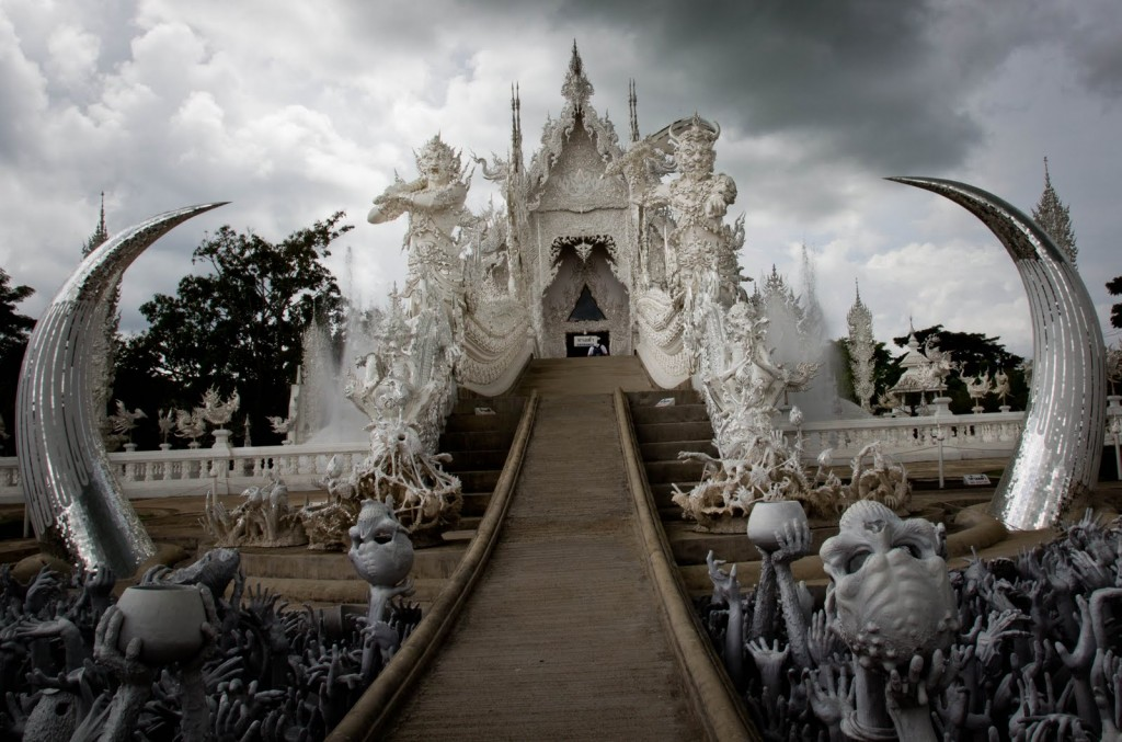 White Temple Chian Rai Wat Rong Khun souls of hell 3
