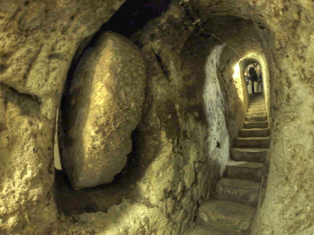 Derinkuyu - underground city - tunnel