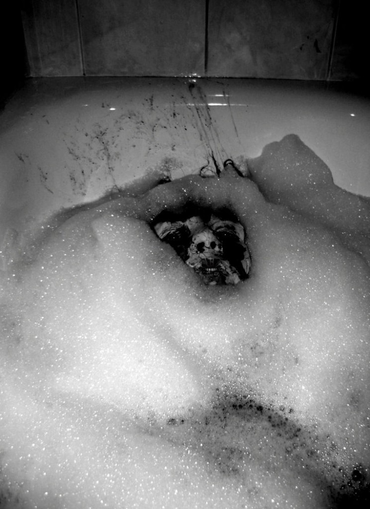 Moppa Dark Art Russia - Evil Takes A Bath