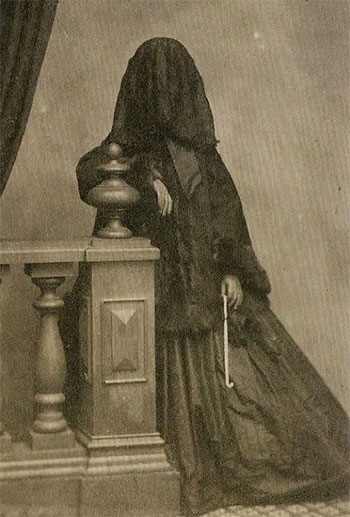 Old Creepy Photos - Covered