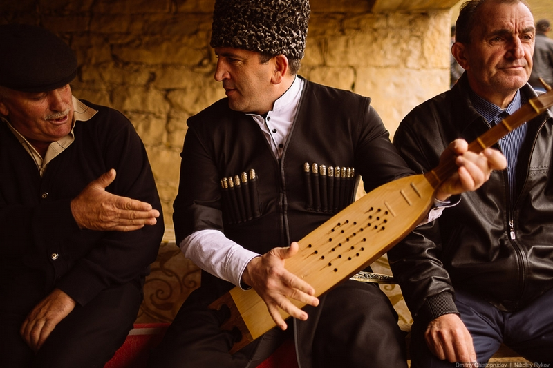 Wedding in Dagestan - play me a tune