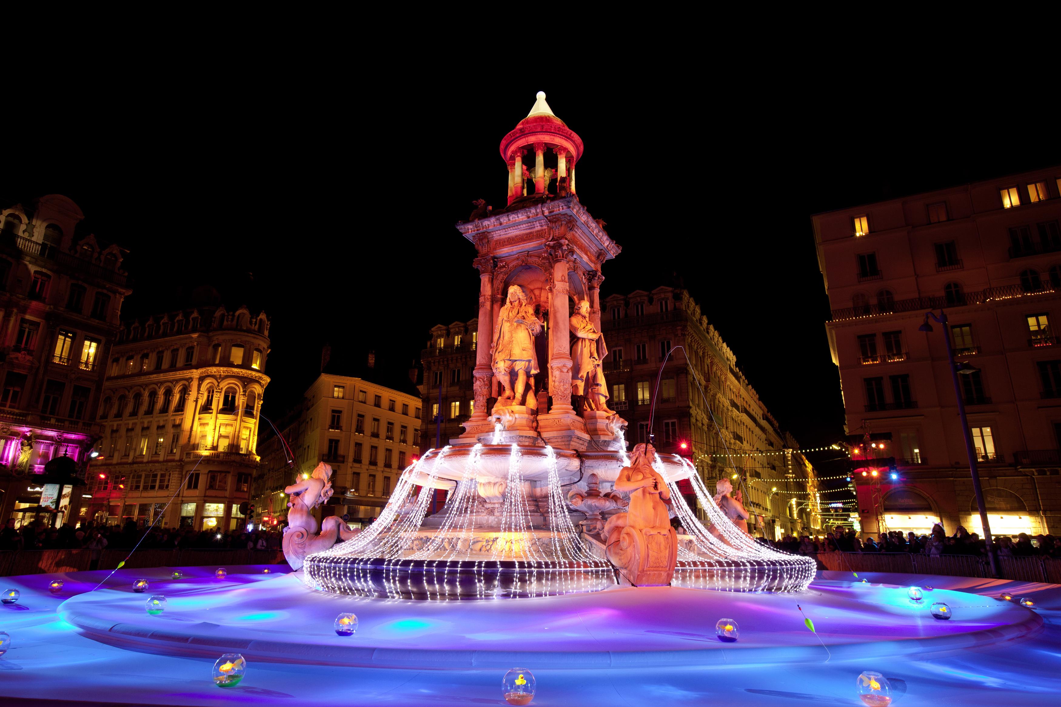 Lyon Festival Of Light - statue