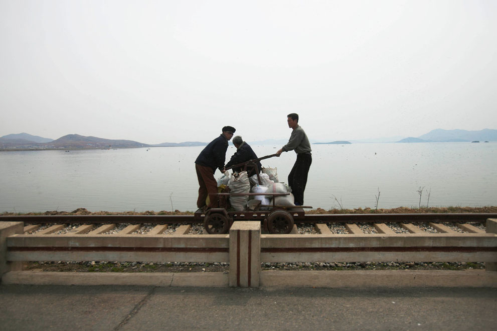 North Korea - manual rail car