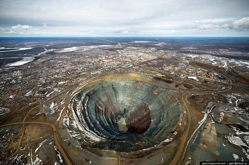 Mir Diamond Mine Yakutia - From The Air 2