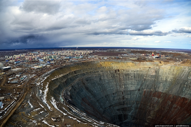 Mir Diamond Mine Yakutia - From The Air 4