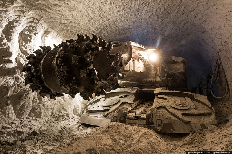 Mir Diamond Mine Yakutia - Tunnel