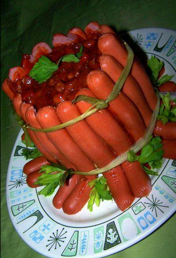 Awesome Russia - Borsch In A Sausage Bowl