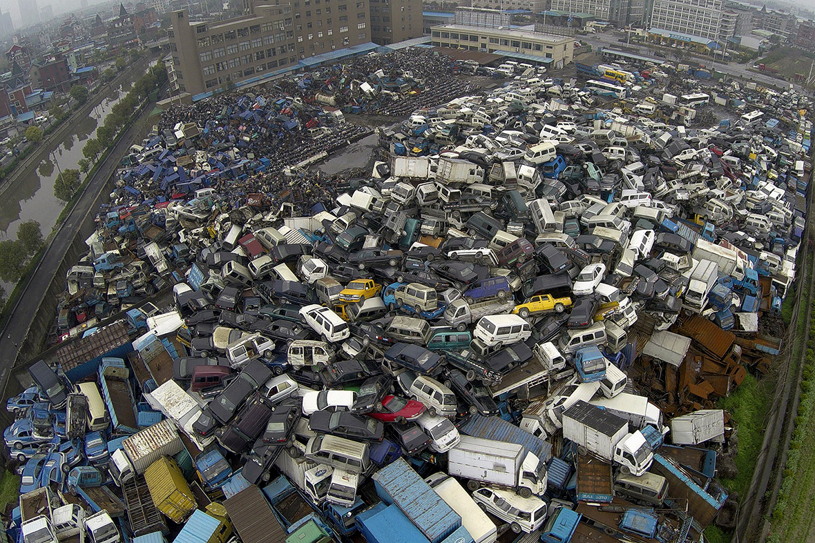 China High Emission Car Graveyard - Cars And Vans