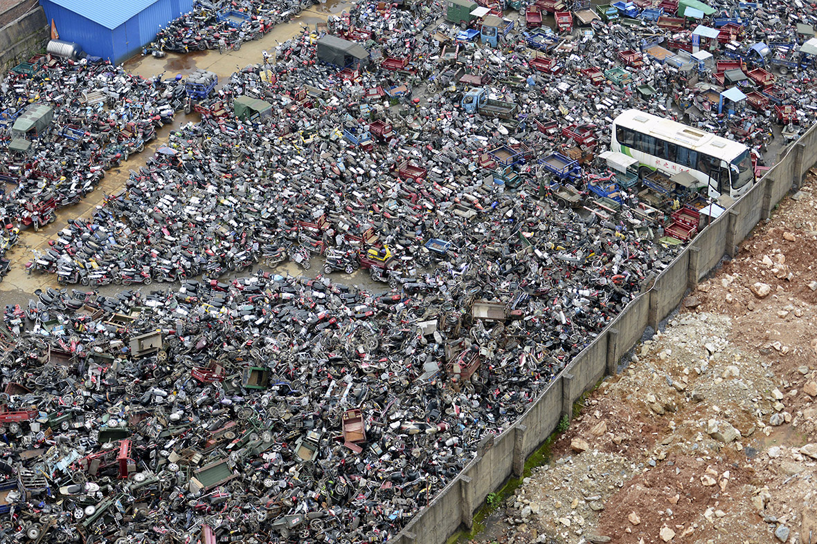 China High Emission Car Graveyard - Motorbikes
