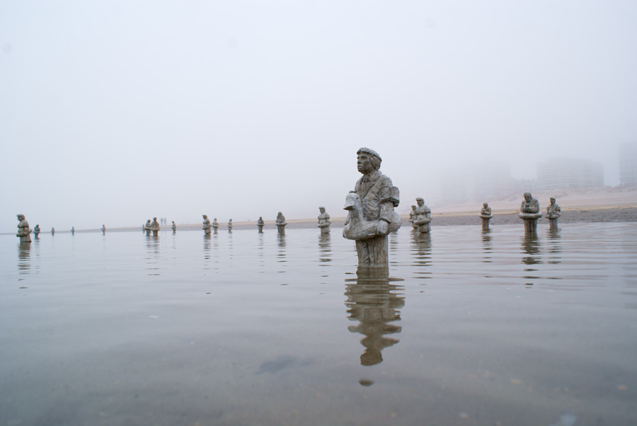 Climate Change - Isaac Cordal 6