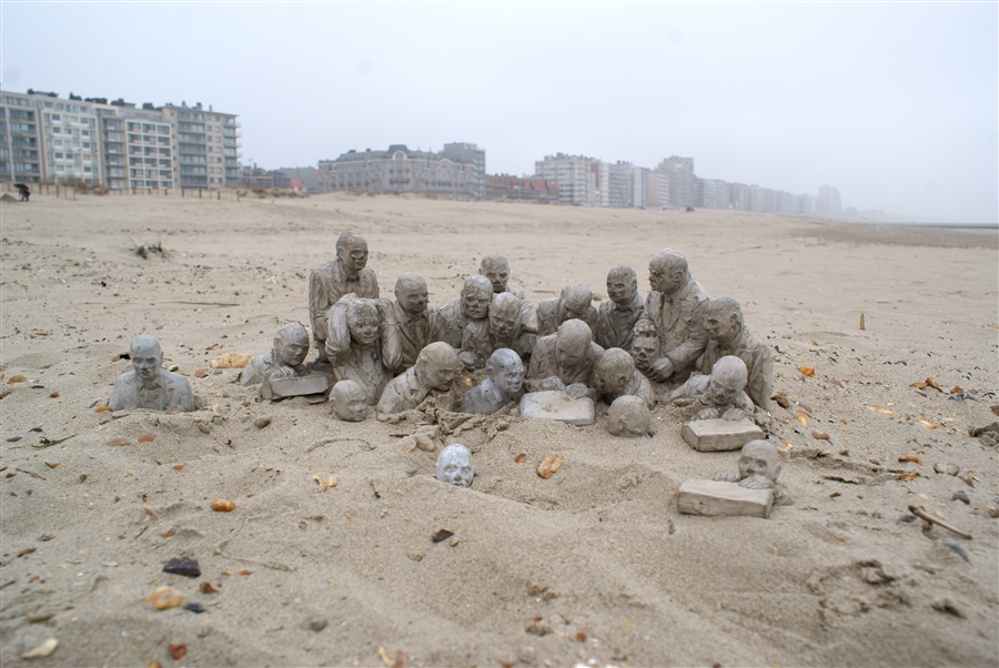 Climate Change - Isaac Cordal 7