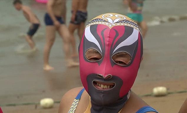 Facekini Qingdao - Chinese Peking Opera being worn 2