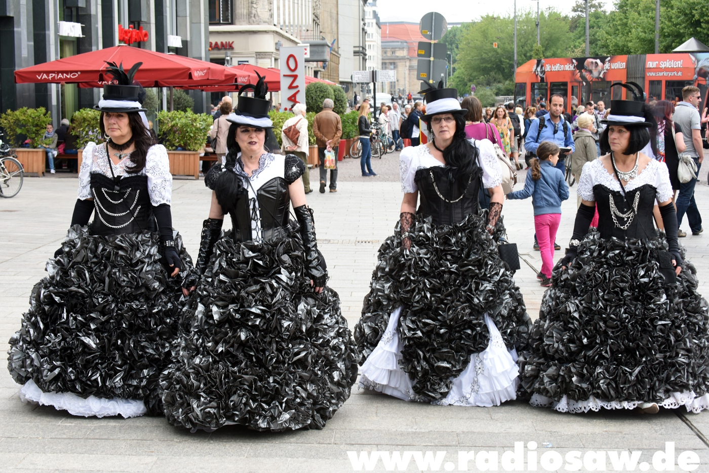 Wave-Gotik-Treffen - Photos - Cake Dresses