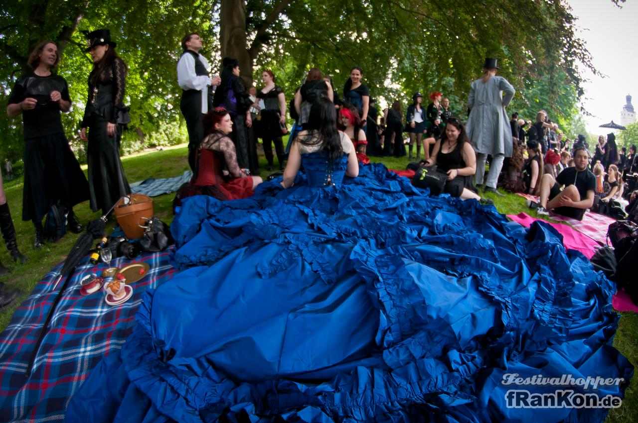 Wave-Gotik-Treffen - Photos - Huge Dress