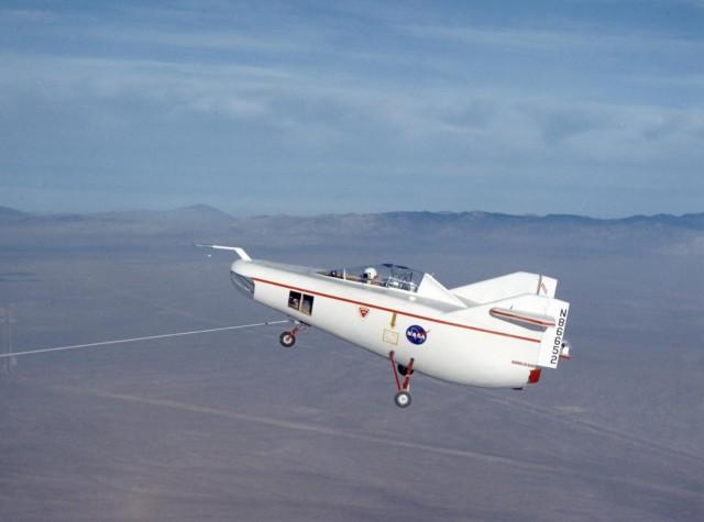 Weird Prototype Aircraft - M2-F1