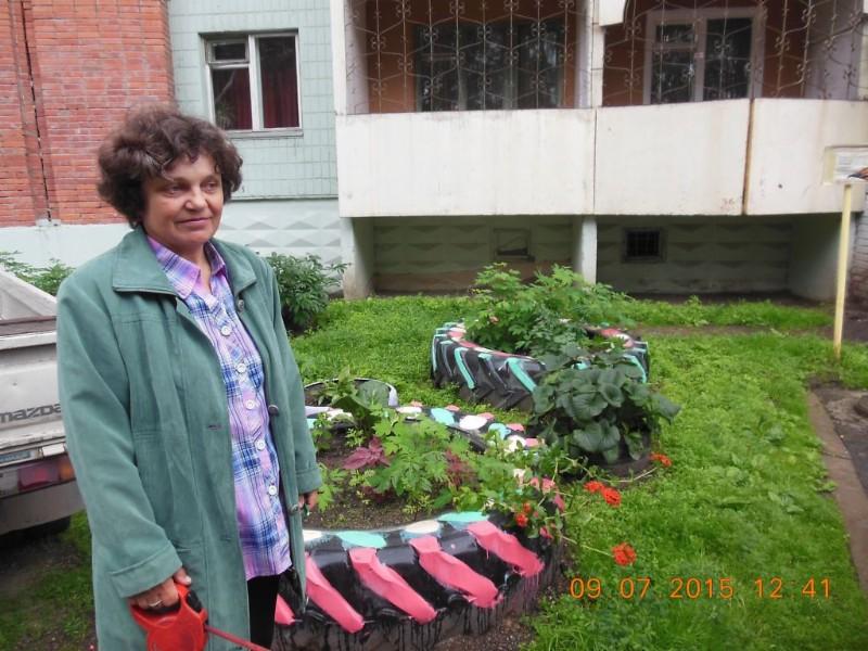 Zheleznogorsk - Courtyard Where I live 1b