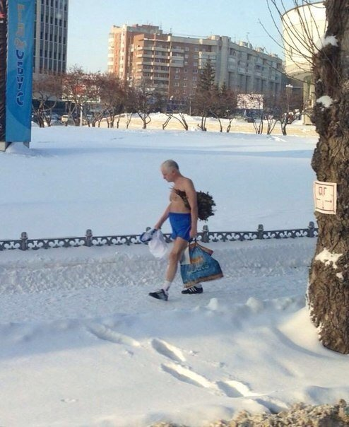 Awesome Photos From Russia - Cold Without A Care