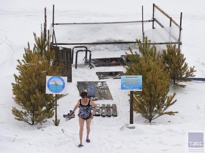 Blagoveshchensk Ice Swimming 4