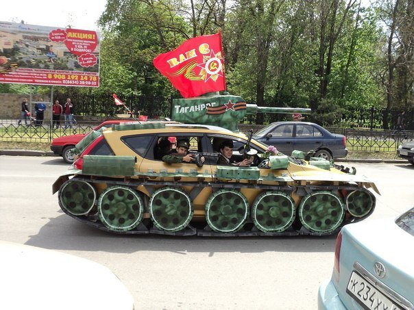 Awesome Photos From Russia - Modified Tank Car2